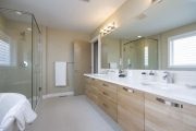 The Landon - Master ensuite.3054